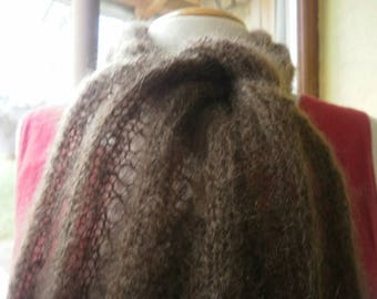 "pretty Choker ""flick"" Brown, mohair lace needles"