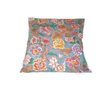 Cushion cover 40 X 40 cm in floral chintz