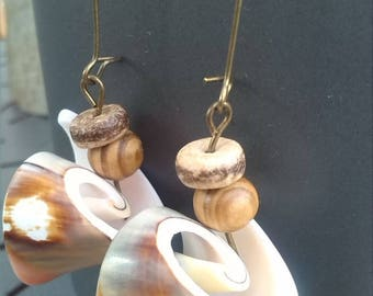 Natural shell and coconut earrings