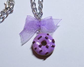 Purple bow polymer donuts necklace