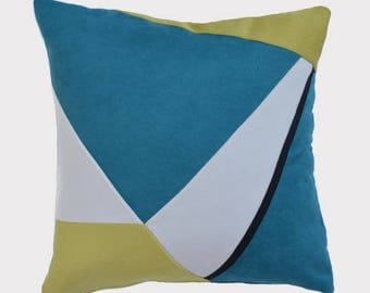 Decorative cushion 45 x 45, blue white yellow