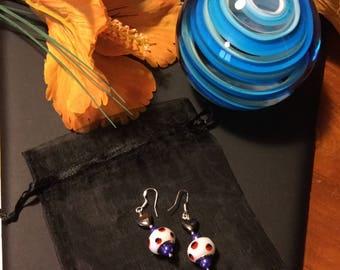 Nice pair of dangling earrings