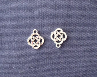 2 charms silver Chinese knots