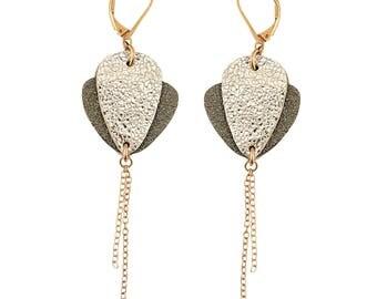 CROCUS coffee leather earring