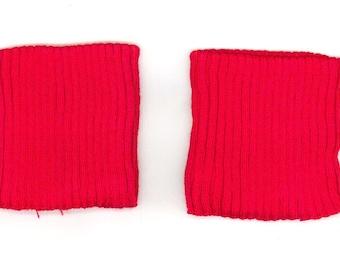 Wrist edge side red jersey