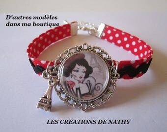 """Cloth bracelet, cabochon """"vintage Paris"""" Eiffel Tower charm in silver, red, white and black"""