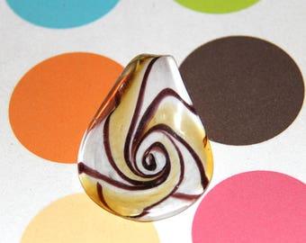 The pendant's white brown gold Murano style glass