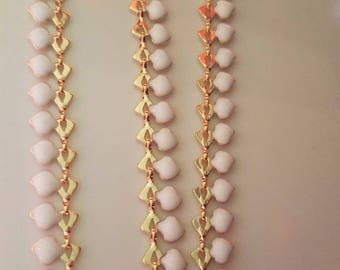 20 cm chain drops gold base and white