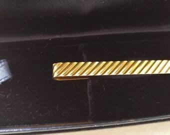 Vintage TIFFANY 14k Tie Clip  in the Original  Tiffany Box like new Elegant Piece