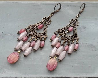 Bohemian bronze cabochons earrings pink veined pink vintage olive beads