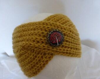 Bandeau  turban rétro coloris   jaune moutarde pure laine avec broche