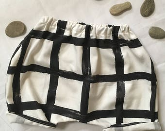 Harem pants baby shorts graphic pattern