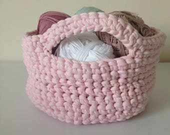 With handles storage basket crocheted violet and pink