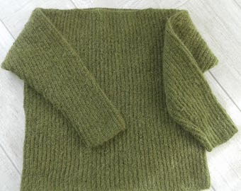 Willow green pullover boatneck women