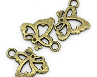 Small Butterfly charm openwork bronze metal (x 4)