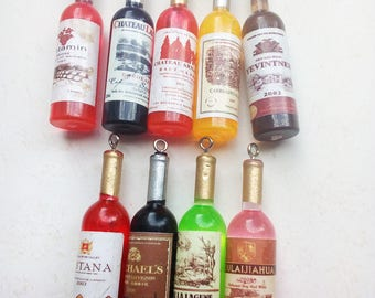 Set of 9 bottles of wine charms in resin