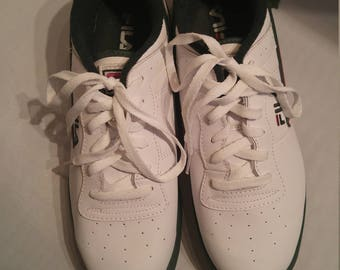 Classic Fila Court Sneakers (10 M)