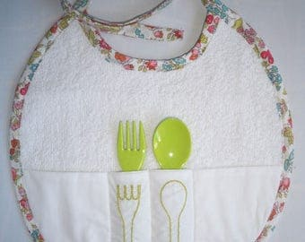 Bib edge floral with spoon and fork