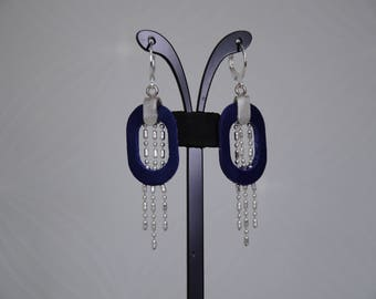 EARRINGS WITH CHAINS SCRAP LEATHER, SILVER METAL