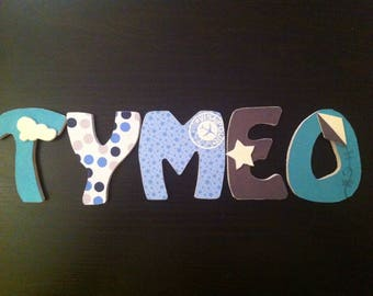 Name with TYMÉO custom wooden letters