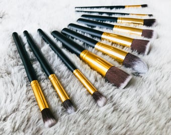 Makeup brushes -  beautiful black & gold 10 piece set