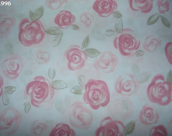 Fabric C996 Roses on white coupon 35x50cm