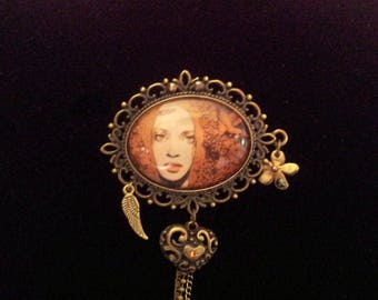 Oval Portrait brooch