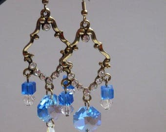 EARRINGS, BRONZE AND BLUE GLASS BEADS