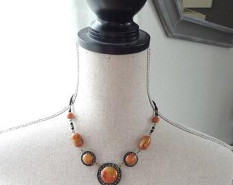 Orange red short necklace