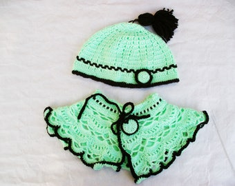 Green and black crochet Beanie and Cape set size 2/4 years