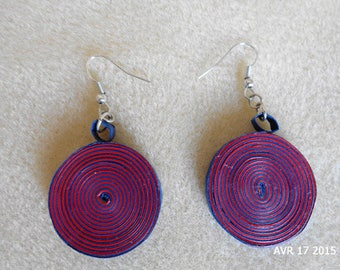 Earrings cylindrical quilled red and blue