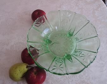Green glass bowl, Glass fruit bowl, Green glass art deco style, Vintage glass bowl