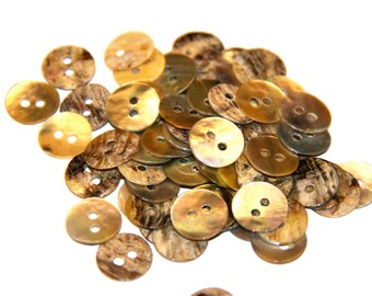 LOT 5 ROUND MOTHER OF PEARL BUTTONS