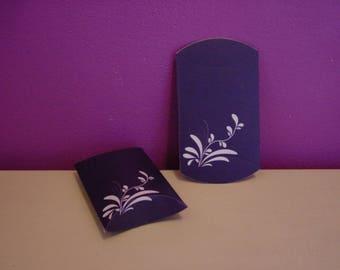 1 blue carton gift box