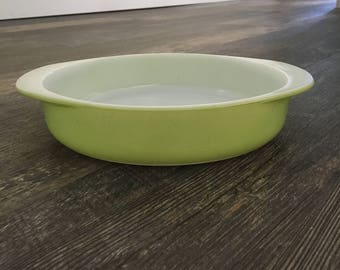 "Vintage Lime Green 221 Pyrex 8"" Cake Pan"