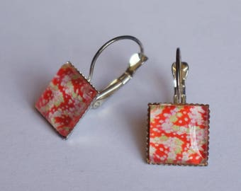 Earrings square earrings with red floral Japanese pattern