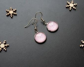 Fine earrings, pink glass cabochon