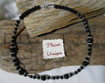 Necklace glass beads black and silver beads