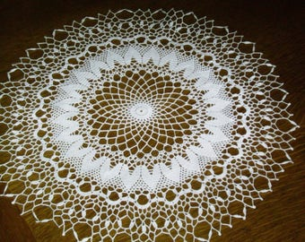 White round doily crocheted hand end