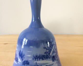 "Vintage Currier & Ives ""A Home in the Wilderness"" Dinner Bell Porcelain Blue"
