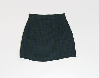 1980s high waisted plaid skirt
