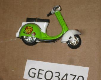 Die Cast & Plastic  Toy Scooter      [geo3470bt]