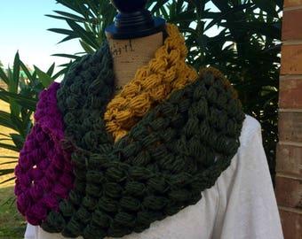 Green Tea Swirl Puff Stitch Infinity Scarf