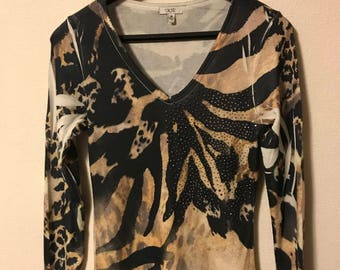 Women's top by Cache'