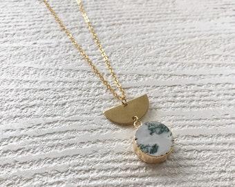 globe necklace //