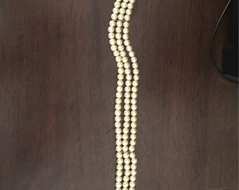 """12"""" Vintage faux pearl choker"""