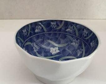 Small Asian bowl.