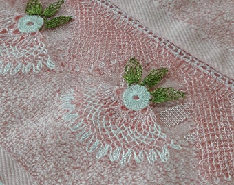 Turkish Lace Towel, Turkish Towel Lace Embroidery, Turkish Oya ,Towel With Lace Border, Pink Towel, Victorian Style Hand Towel, Cottage Chic