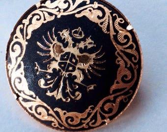 Vintage brooch, gold etched damascene