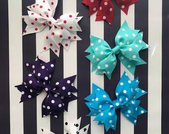 Hair Bow, Handmade Hair Bow, Hair bow for girl, 5in Hair bow, Ribbon Hair Bow, Hair Bow clip